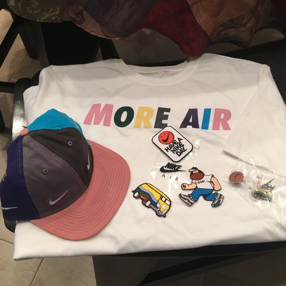 dc5f45539 Nike Sean Wotherspoon Airmax Cap & Tee Size Large NWT